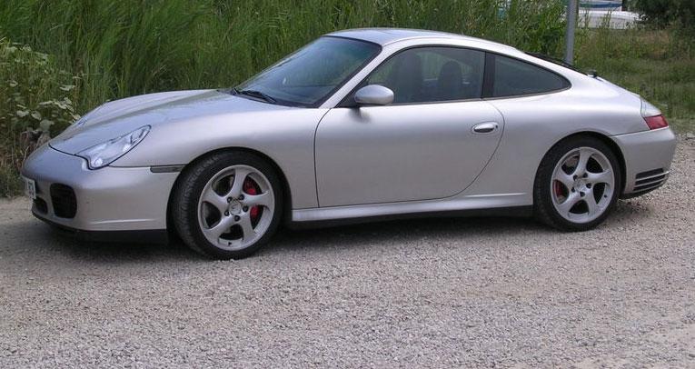 Porsche 911 996. Porsche_911_996_Carrera_4S